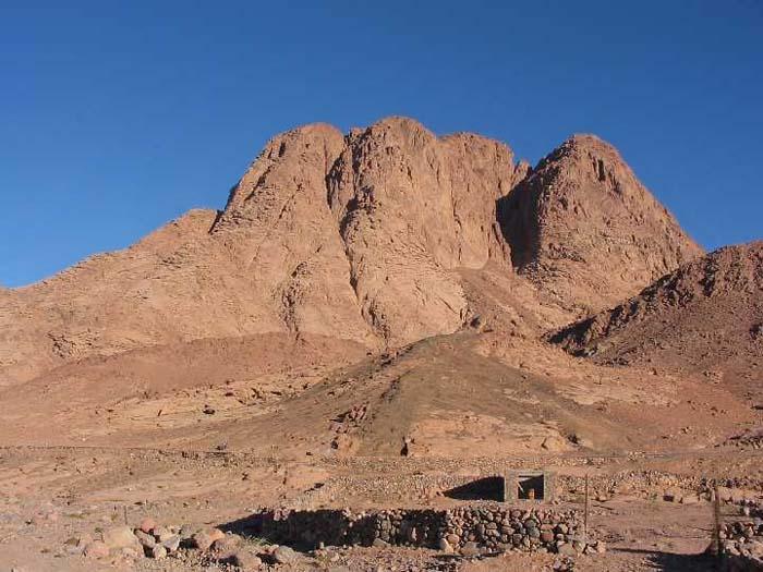 Shavuos: The Mountain of Many Names | Reuven Chaim Klein ... |Mount Sinai Eqypt